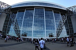 cowboy stadium exterior