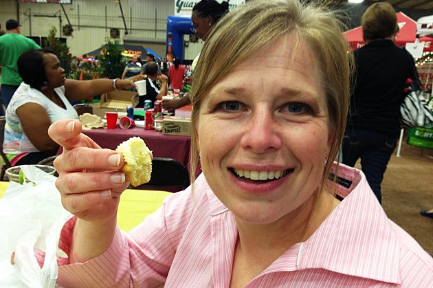 Heather enjoys some Munchables at the Taste of Texarkana