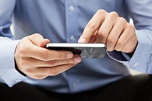 Texting - Nastco/ThinkStock