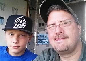 Jim Weaver and son Tyler - Jim Weaver/TSM