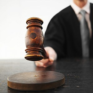 judge banging gavel - Stockbyte/ThinkStock