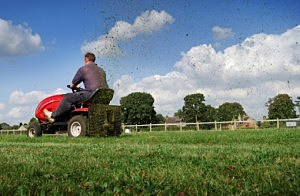 Riding Mower - Paul Lampard/ThinkStock