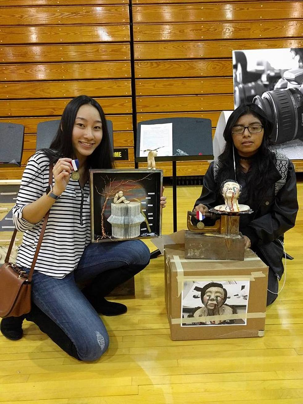 Two texas high school art students headed to state competition reviewsmspy