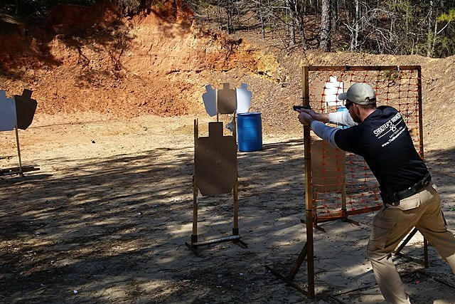 Josh Blackstone shoots at stage - USPSA Match Texarkana Gun Club
