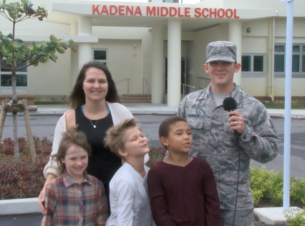 Ssgt horner and family from linden tx hometown greetings ssgt horner and family from linden tx hometown military holiday greetings m4hsunfo
